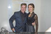 Nestroy Gala 2017 - Ronacher - Mo 13.11.2017 - Tobias MORETTI mit Ehefrau Julia35
