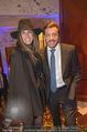 Signa Törggelen - Park Hyatt - Do 16.11.2017 - Rene BENKO mit Ehefrau Natalie50
