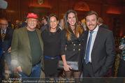 Signa Törggelen - Park Hyatt - Do 16.11.2017 - Niki und Birgit LAUDA, Rene BENKO mit Ehefrau Natalie75