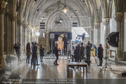 Lifeball Fotoshooting Netrebko - Conchita - Rathaus - Fr 17.11.2017 - Anna NETREBKO am Set35