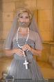 Lifeball Fotoshooting Netrebko - Conchita - Rathaus - Fr 17.11.2017 - Conchita (WURST, Tom NEUWIRTH) als Nonne mit Kreuz48