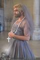 Lifeball Fotoshooting Netrebko - Conchita - Rathaus - Fr 17.11.2017 - Conchita (WURST, Tom NEUWIRTH) als Nonne mit Kreuz50