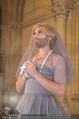Lifeball Fotoshooting Netrebko - Conchita - Rathaus - Fr 17.11.2017 - Conchita (WURST, Tom NEUWIRTH) als Nonne mit Kreuz52