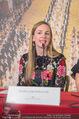 Swarovski Tiara für Opernball 2018 - Staatsoper - Di 21.11.2017 - Maria GRO�BAUER GROSSBAUER am Podium27