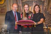 Swarovski Tiara für Opernball 2018 - Staatsoper - Di 21.11.2017 - Maria GRO�BAUER GROSSBAUER, Dominique MEYER, Birgit BERTHOLD-KR39