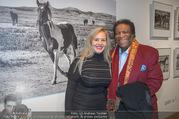 Manfred Baumann Mustangs - Naturhistorisches Museum NHM - Di 21.11.2017 - Roberto BLANCO mit Ehefrau Luzandra1