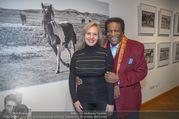 Manfred Baumann Mustangs - Naturhistorisches Museum NHM - Di 21.11.2017 - Roberto BLANCO mit Ehefrau Luzandra2