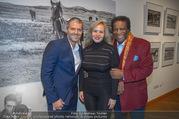 Manfred Baumann Mustangs - Naturhistorisches Museum NHM - Di 21.11.2017 - Roberto BLANCO mit Ehefrau Luzandra, Manfred BAUMANN3