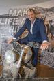 Manfred Baumann Mustangs - Naturhistorisches Museum NHM - Di 21.11.2017 - Manfred BAUMANN auf Motorrad13