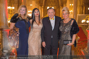 LOOK Woman of the Year Gala 2017 - Rathaus - Mi 29.11.2017 - Richard LUGNER, Nina Bambi BRUCKNER, Dany, Sonja K�fer SCH�NAN11