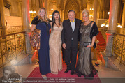 LOOK Woman of the Year Gala 2017 - Rathaus - Mi 29.11.2017 - Richard LUGNER, Nina Bambi BRUCKNER, Dany, Sonja K�fer SCH�NAN12