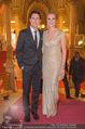 LOOK Woman of the Year Gala 2017 - Rathaus - Mi 29.11.2017 - Maria H�FL-RIESCH mit Ehemann Markus51