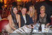 LOOK Woman of the Year Gala 2017 - Rathaus - Mi 29.11.2017 - Richard LUGNER, Nina Bambi BRUCKNER, Dany, Sonja K�fer SCH�NAN97