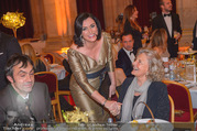 LOOK Woman of the Year Gala 2017 - Rathaus - Mi 29.11.2017 - Elisabeth K�STINGER, Inge UNZEITIG mit Sohn Kurt102