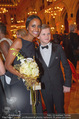 LOOK Woman of the Year Gala 2017 - Rathaus - Mi 29.11.2017 - Sara NURU, Waris DIRIE274