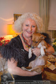 Marika Lichter X-Mas Cocktail - Privatwohnung Lichter - Di 12.12.2017 - Marika LICHTER mit Hund Ella (hatte gestern Geburtstag)2