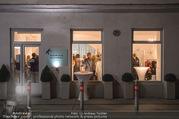 Weihnachts-Cocktail - Maurizio Giambra Store - Mi 13.12.2017 - Gesch�ft von au�en35