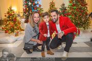 Energy for Life Weihnachtsball für Kinder - Hofburg - Do 14.12.2017 - Familie Fadi und Ines MERZA mit Sohn Michel9