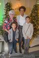 Energy for Life Weihnachtsball für Kinder - Hofburg - Do 14.12.2017 - Arabella KIESBAUER mit Kindern Nika und Neo und Mutter Hannelore17