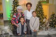 Energy for Life Weihnachtsball für Kinder - Hofburg - Do 14.12.2017 - Arabella KIESBAUER mit Kindern Nika und Neo und Mutter Hannelore18