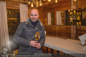 Moet & Chandon Chalet Winter Closing - Winter Chalet Palais Esterhazy - Mo 08.01.2018 - Ernst RANFTL (Portrait in einer Hütte)10