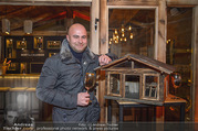 Moet & Chandon Chalet Winter Closing - Winter Chalet Palais Esterhazy - Mo 08.01.2018 - Ernst RANFTL (Portrait in einer Hütte)15