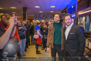 Life Guidance Kinopremiere - Gartenbaukino - Mi 10.01.2018 - Fritz KARL mit Sohn Aaron KARL46