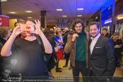 Life Guidance Kinopremiere - Gartenbaukino - Mi 10.01.2018 - Fritz KARL mit Sohn Aaron KARL, Elena UHLIG (schwanger)49