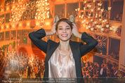 Opernball PK - Staatsoper - Do 11.01.2018 - Maria YAKOVLEVA mit Humanic Ballerinas65