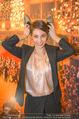 Opernball PK - Staatsoper - Do 11.01.2018 - Maria YAKOVLEVA mit Humanic Ballerinas67