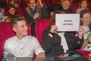 Kinopremiere ´Hilfe, ich hab die Eltern geschrumpft´ - Village Cinemas - Sa 13.01.2018 - Oskar KEYMER mit Mutter58