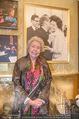 Philharmoniker Empfang - Musikverein - Mi 17.01.2018 - Christa LUDWIG (Portrait vor ihrem eigenen, alten Foto)30