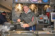 Charity Heringsschmaus Verkauf - Nordsee Naschmarkt - Do 25.01.2018 - Alfons HAIDER4