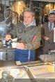 Charity Heringsschmaus Verkauf - Nordsee Naschmarkt - Do 25.01.2018 - Alfons HAIDER5
