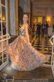 Couture Salon mit Humanic - Hotel Birstol - Mo 29.01.2018 - Nina TONOLI14