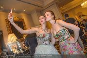 Couture Salon mit Humanic - Hotel Birstol - Mo 29.01.2018 - Nina TONOLI, Ioanna AVRAAM21