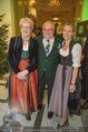 Jägerball - Hofburg - Mo 29.01.2018 - Gexi TOSTMANN mit Tochter Anna, Leo NAGY15