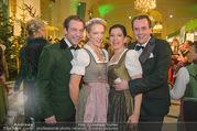 Jägerball - Hofburg - Mo 29.01.2018 - Vera B�HNISCH mit Josef, Niki Nikolaus und Christina VENTURINI75