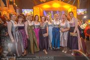Seitenblicke Gala - Interspot Studios - Di 30.01.2018 - Claudia WIESNER, Constanze KURZ mit Dirndln48
