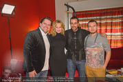Melanie Griffith PK und Autogrammstunde - Lugner City - Mi 07.02.2018 - Melanie GRIFFITH mit ATV-Team49