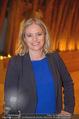 Swarovski Podiumsdiskussion - TU Wien Kuppelsaal - Mi 07.02.2018 - Corinna MILBORN (Portrait)7
