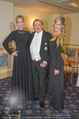 Melanie Griffith Fototermin - Grand Hotel - Do 08.02.2018 - Melanie GRIFFITH, Richard LUGNER mit Begleitung Simona44