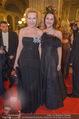 Opernball 2018 - Wiener Staatsoper - Do 08.02.2018 - Sunnyi MELLES mit Tochter Prinzessin Leonille zu Sayn-Wittgenste120