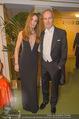 Opernball 2018 - Wiener Staatsoper - Do 08.02.2018 - Erwin WURM mit Ehefrau Elise240