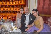 Opernball 2018 - Wiener Staatsoper - Do 08.02.2018 - Lily JAMES, Viktoria und Heiner LAUTERBACH247