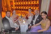 Opernball 2018 - Wiener Staatsoper - Do 08.02.2018 - Klemens HALLMANN, Barbara MEIER, Lily JAMES, Viktoria und Heiner249