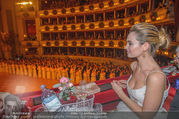 Opernball 2018 - Wiener Staatsoper - Do 08.02.2018 - Lily JAMES251