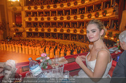 Opernball 2018 - Wiener Staatsoper - Do 08.02.2018 - Lily JAMES252