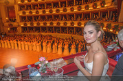 Opernball 2018 - Wiener Staatsoper - Do 08.02.2018 - Lily JAMES254