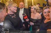 Opernball 2018 - Wiener Staatsoper - Do 08.02.2018 - Cathy LUGNER interviewt Melanie GRIFFITH und Richard LUGNER304